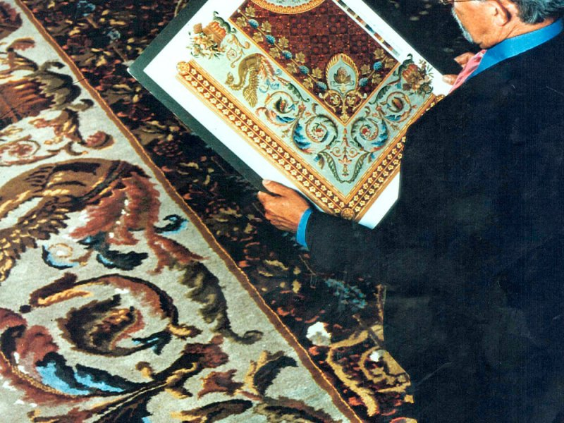 Copying of old, antique and historic carpets