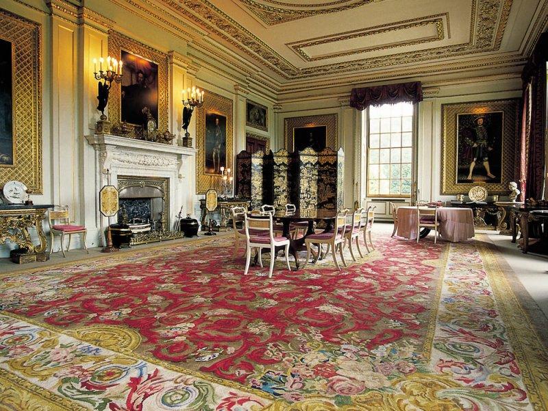 Reproduction d'un tapis de la Savonnerie pour la salle à manger privée de Chatsworth House.