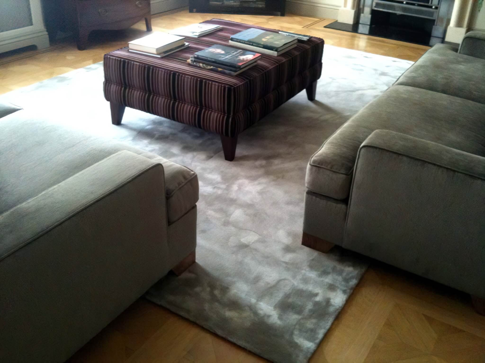 We created this silk rug with a silk border for a client in Marylebone.