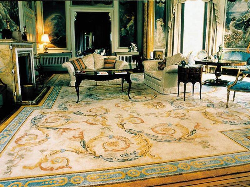 Conçu pour la zone de forme spéciale dans le salon de ce splendide manoir Nash dans Regent's Park.