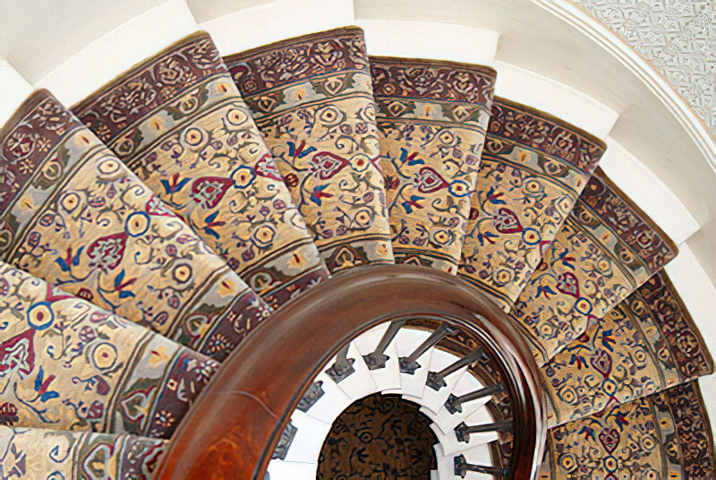 The design lines up well and is based on an oriental carpet design adapted by Sharon Reid.